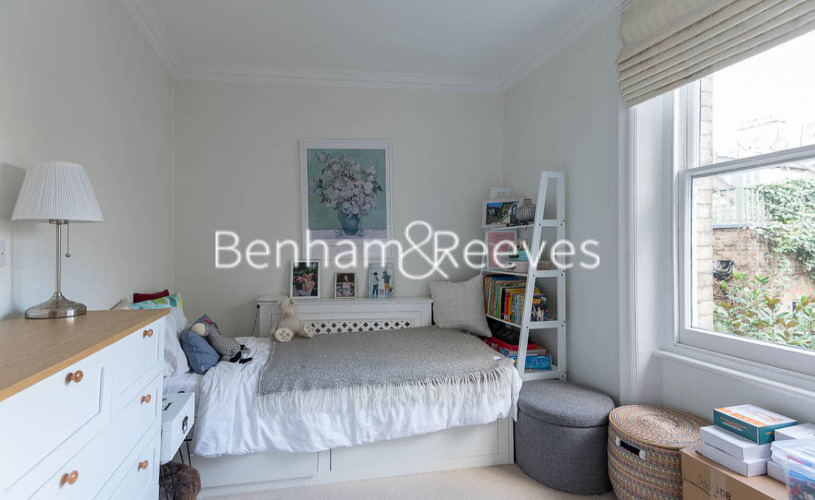 3 bedroom(s) flat to rent in Pitt Street, Kensington, W8-image 12