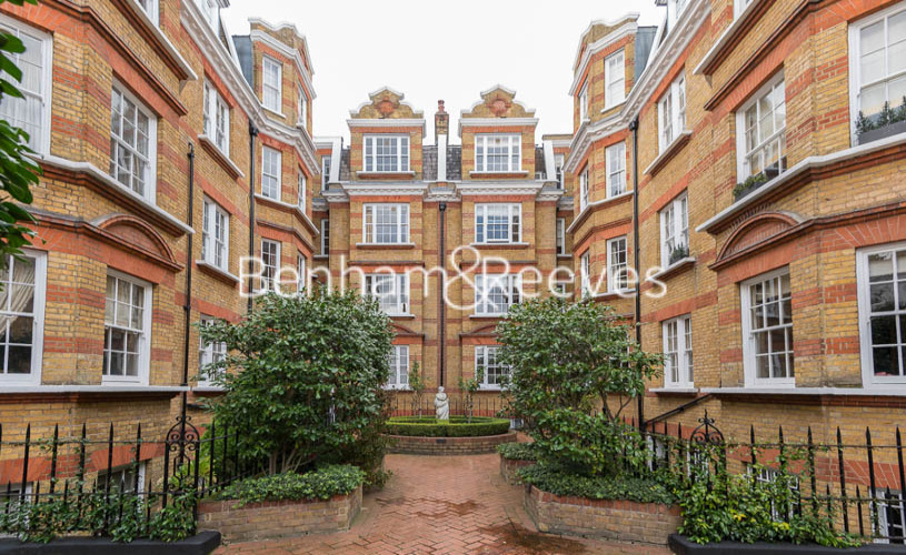 3 bedroom(s) flat to rent in Pitt Street, Kensington, W8-image 16