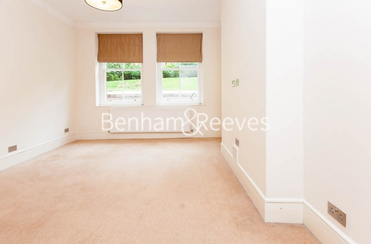 3 bedroom(s) flat to rent in Kensington Court Mansions, Kensington, W8-image 1