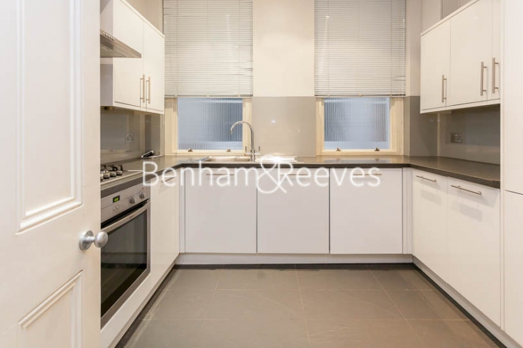 3 bedroom(s) flat to rent in Kensington Court Mansions, Kensington, W8-image 2