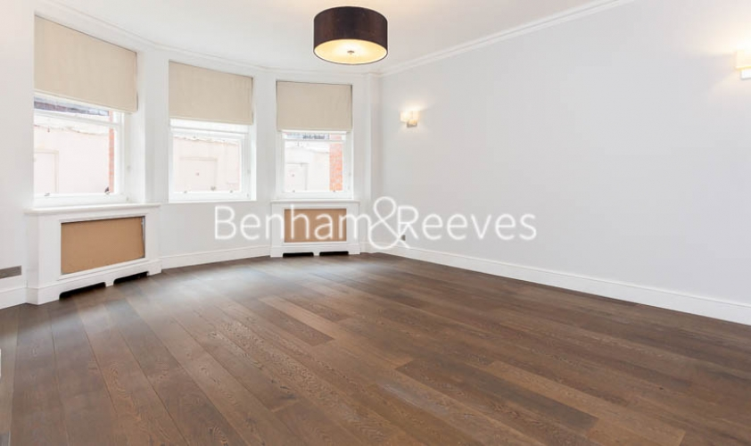 3 bedroom(s) flat to rent in Kensington Court Mansions, Kensington, W8-image 13