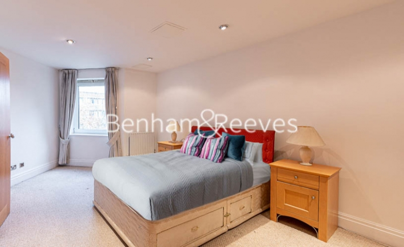 2 bedroom(s) flat to rent in Beckford Close, Kensington, W14-image 4