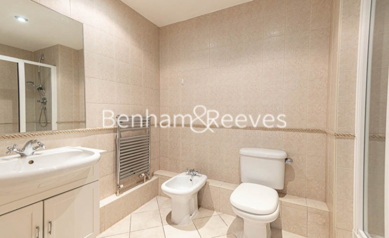 2 bedroom(s) flat to rent in Beckford Close, Kensington, W14-image 5
