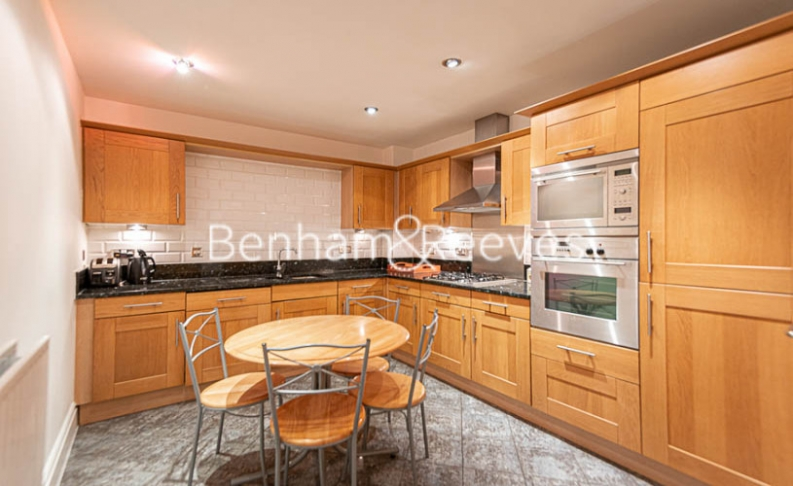 2 bedroom(s) flat to rent in Beckford Close, Kensington, W14-image 8