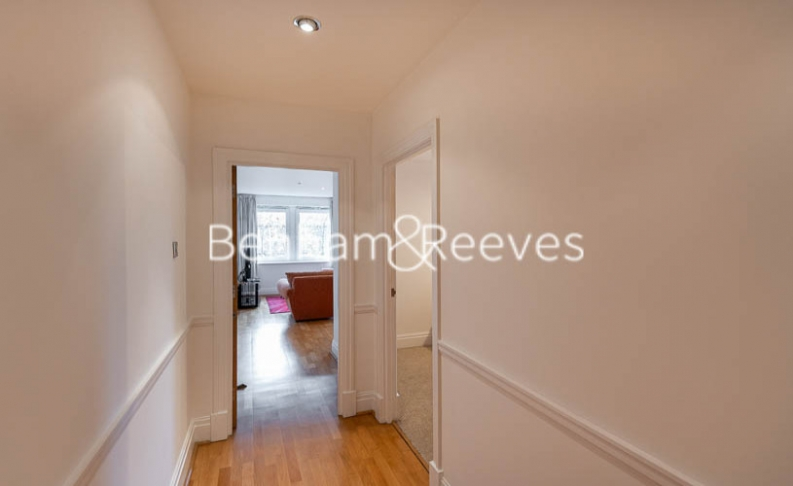 2 bedroom(s) flat to rent in Beckford Close, Kensington, W14-image 13