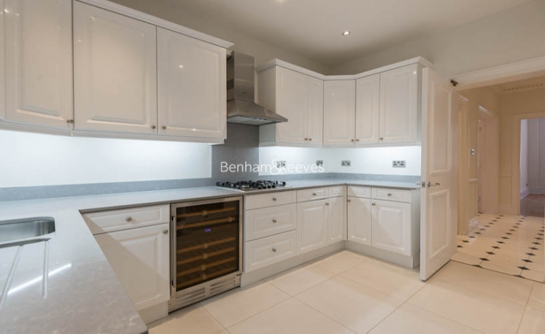 5 bedroom(s) flat to rent in Hyde Park Gate, Kensington, SW7-image 4