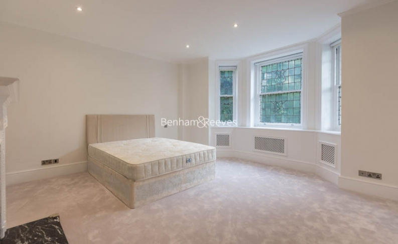 5 bedroom(s) flat to rent in Hyde Park Gate, Kensington, SW7-image 9