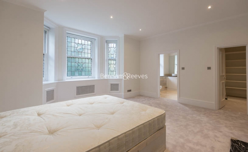 5 bedroom(s) flat to rent in Hyde Park Gate, Kensington, SW7-image 10