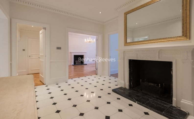 5 bedroom(s) flat to rent in Hyde Park Gate, Kensington, SW7-image 12