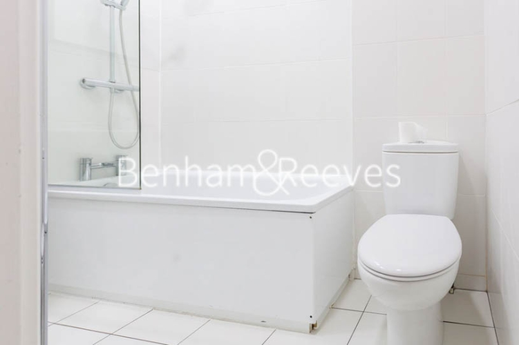 3 bedroom(s) flat to rent in Lexham Gardens, Kensington, W8-image 9