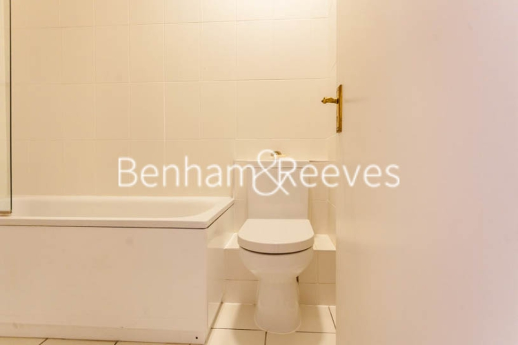 3 bedroom(s) flat to rent in Lexham Gardens, Kensington, W8-image 16