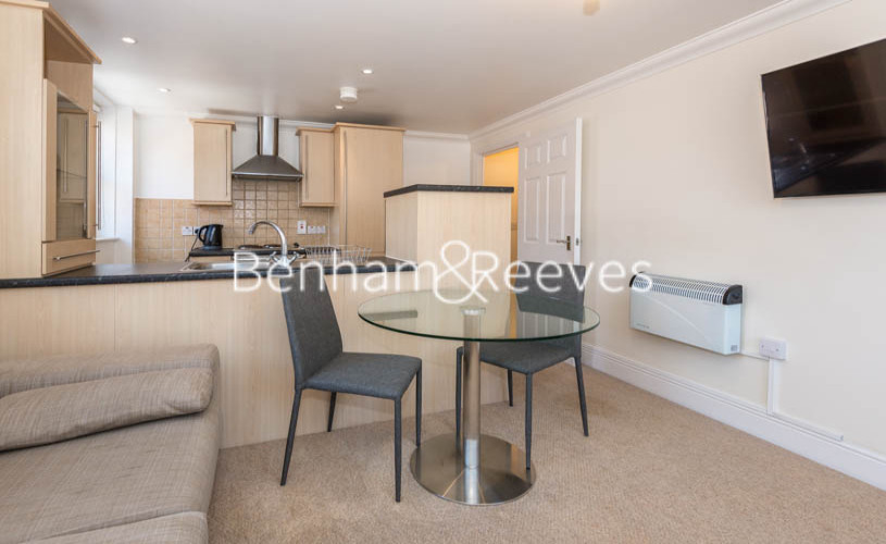 1 bedroom(s) flat to rent in Earls Court Road, Kensington, SW5-image 1