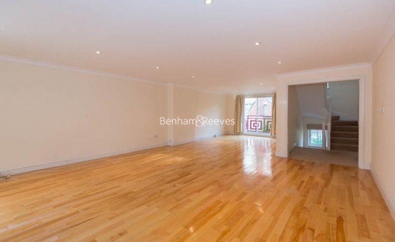 4 bedroom(s) house to rent in Windsor Way, West Kensington, W14-image 5