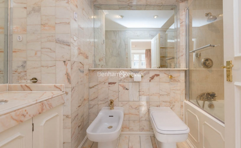 4 bedroom(s) house to rent in Windsor Way, West Kensington, W14-image 10