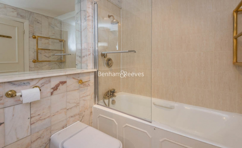 4 bedroom(s) house to rent in Windsor Way, West Kensington, W14-image 15