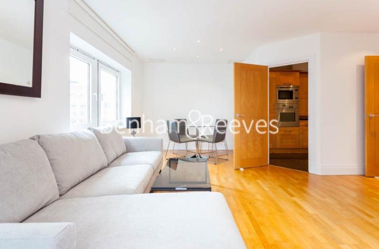 2 bedroom(s) flat to rent in Warren House, West Kensington, W14-image 7