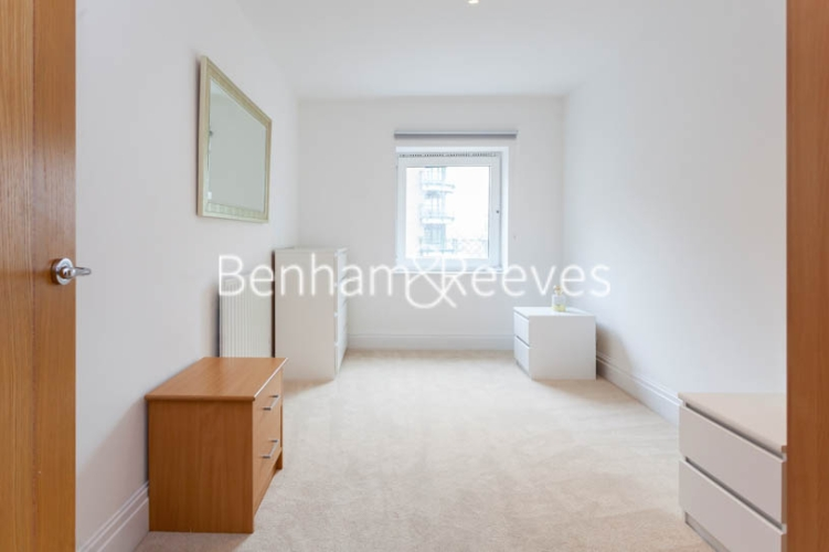 2 bedroom(s) flat to rent in Warren House, West Kensington, W14-image 10