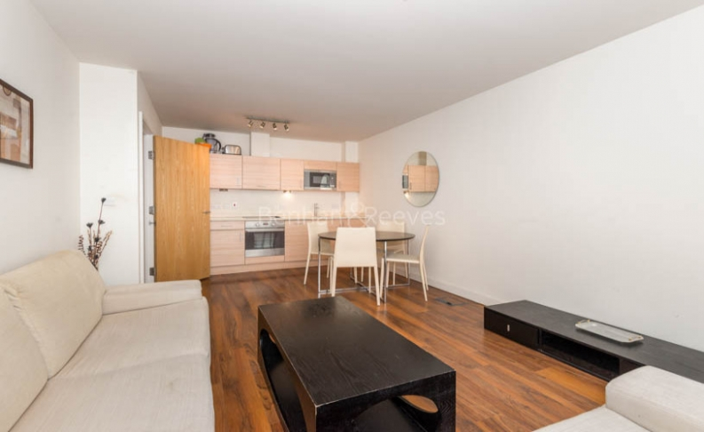 1 bedroom(s) flat to rent in Beaufort Park, Colindale, NW9-image 2