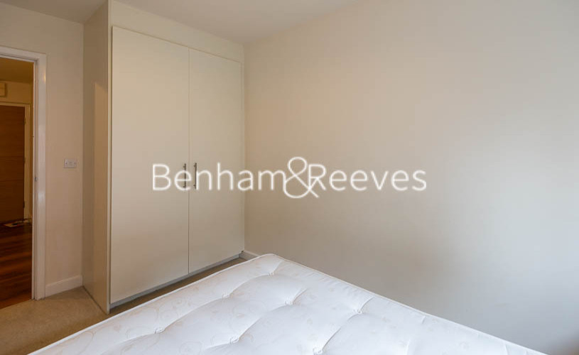 2 bedroom(s) flat to rent in Heritage Avenue, Colindale, NW9-image 8