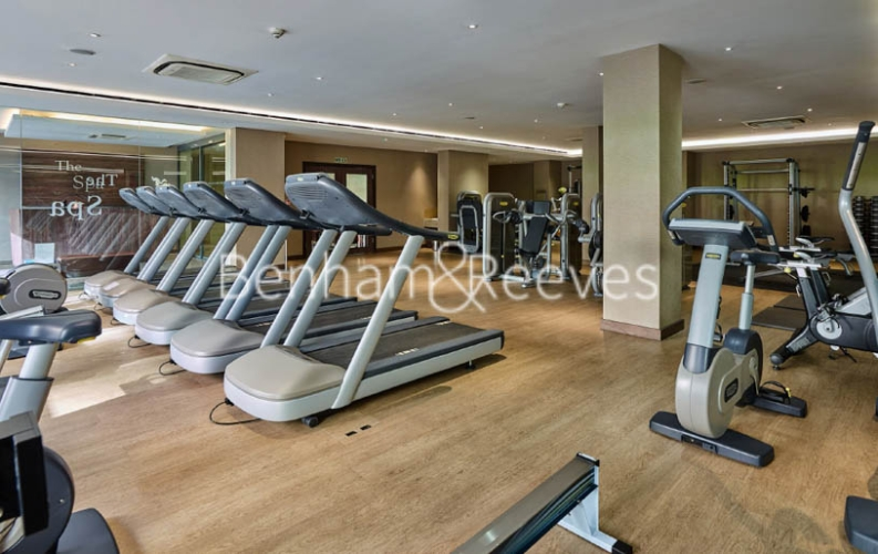 Studio flat to rent in Boulevard Drive, Colindale, NW9-image 10
