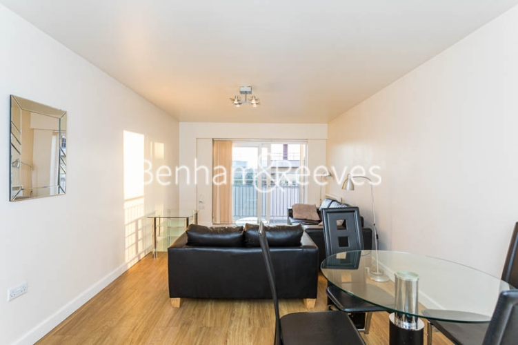 1 bedroom(s) flat to rent in Heritage Avenue, Colindale, NW9-image 10