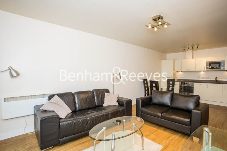 1 bedroom(s) flat to rent in Heritage Avenue, Colindale, NW9-image 13