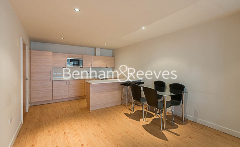 2 bedroom(s) flat to rent in Heritage Avenue, Colindale, NW9-image 10