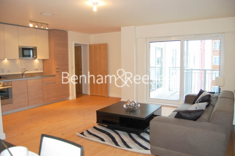 1 bedroom(s) flat to rent in Heritage Avenue, Colindale, NW9-image 2