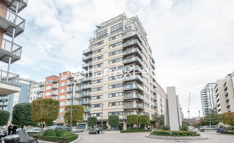 2 bedroom(s) flat to rent in Heritage Avenue, Colindale, NW9-image 11