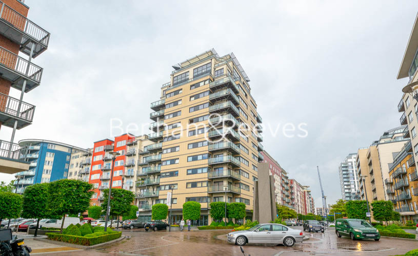 2 bedroom(s) flat to rent in Heritage Avenue, Colindale, NW9-image 14
