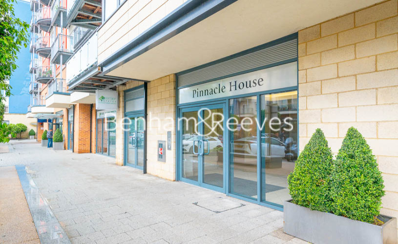 2 bedroom(s) flat to rent in Heritage Avenue, Colindale, NW9-image 15