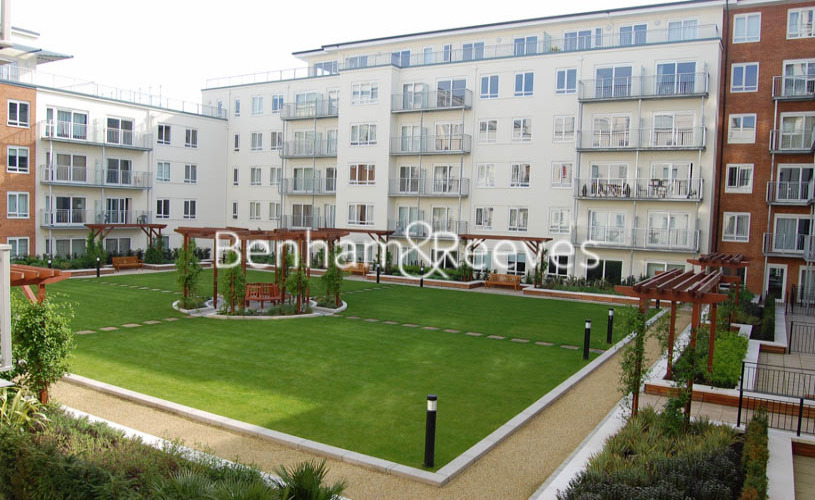 2 bedroom(s) flat to rent in Heritage Avenue, Colindale, NW9-image 16