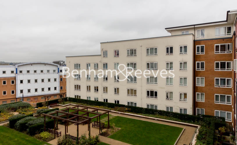 1 bedroom(s) flat to rent in Boulevard Drive, Colindale, NW9-image 5