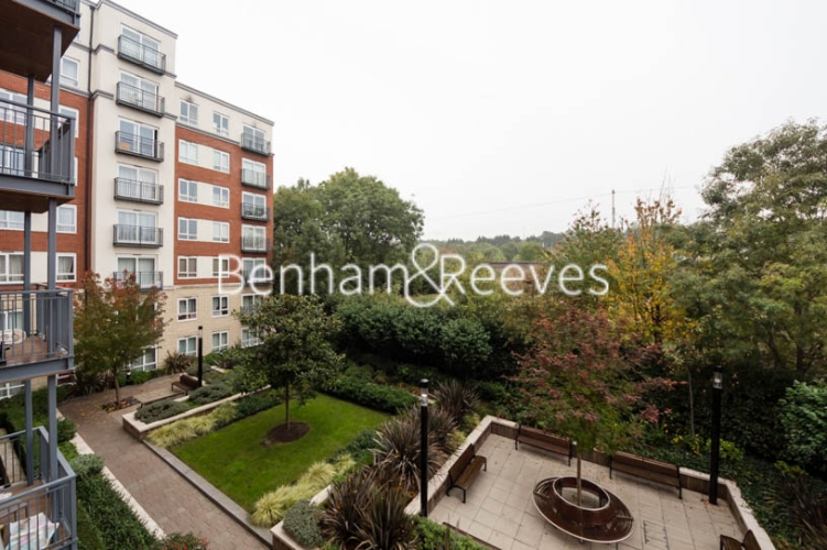 Studio flat to rent in Aerodrome Road, Colindale, NW9-image 10