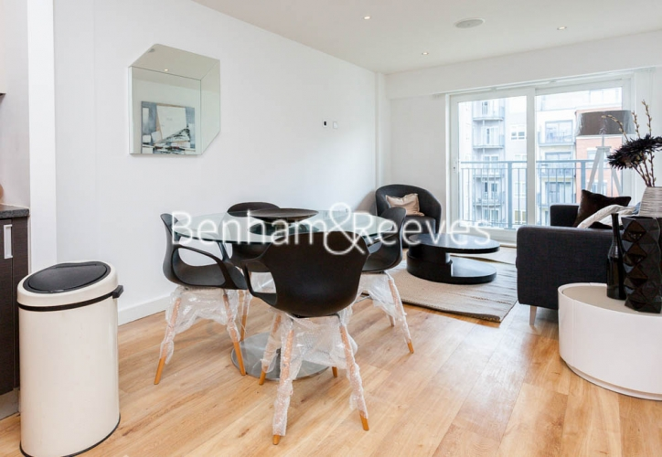 2 bedroom(s) flat to rent in Aerodrome Road, Colindale, NW9-image 9