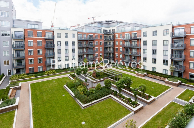2 bedroom(s) flat to rent in Aerodrome Road, Colindale, NW9-image 11