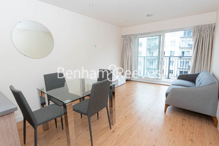 2 bedroom(s) flat to rent in Heritage Avenue, Beaufort Park, NW9-image 6