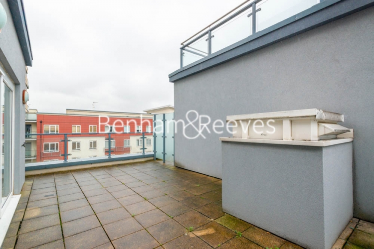 2 bedroom(s) flat to rent in Heritage Avenue, Beaufort Park, NW9-image 6
