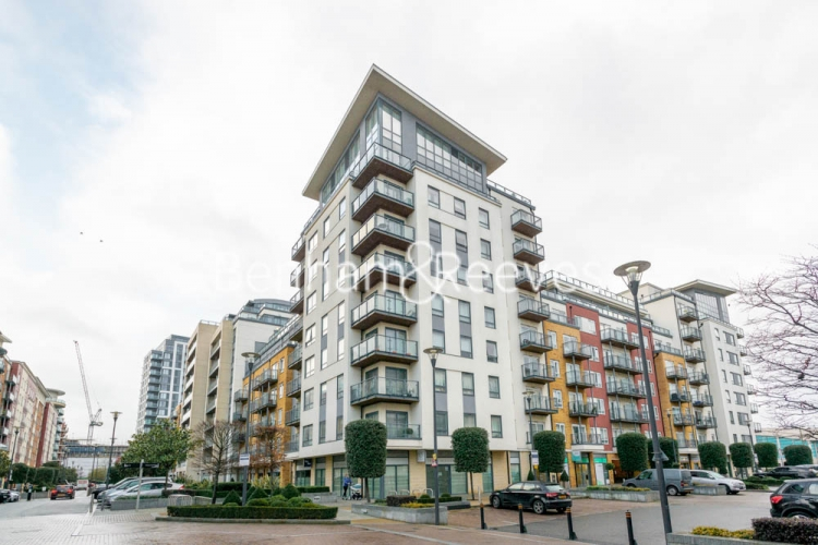 2 bedroom(s) flat to rent in Heritage Avenue, Beaufort Park, NW9-image 7