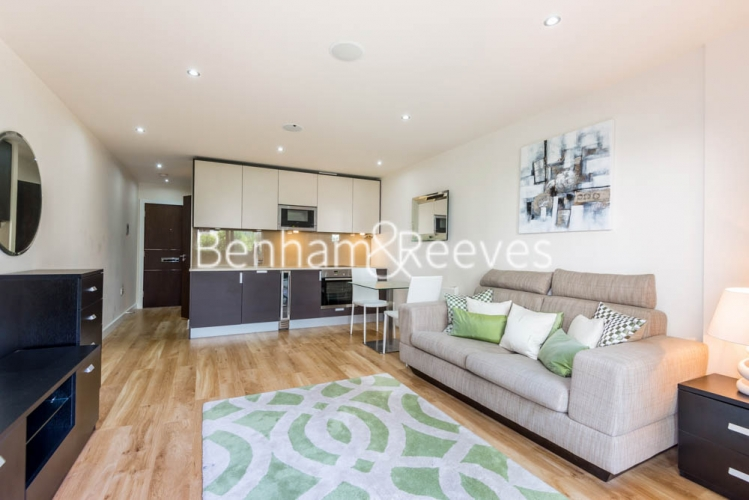 Studio flat to rent in Beaufort Park, Colindale, NW9-image 7