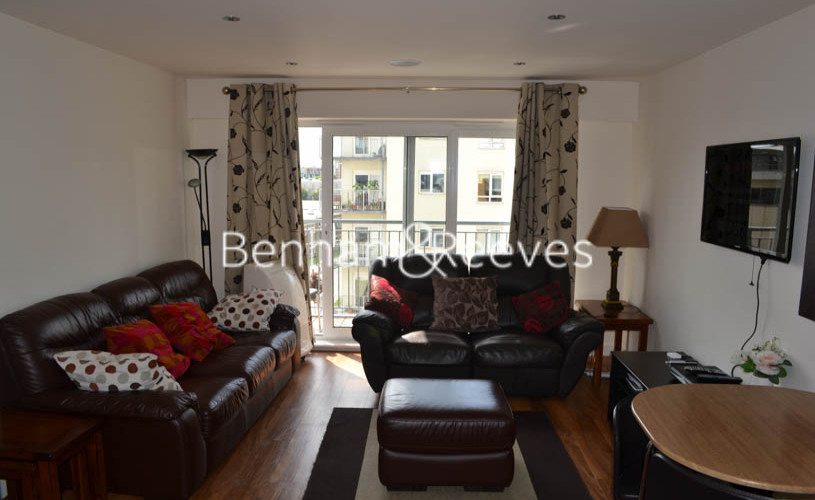2 bedroom(s) flat to rent in Curtiss House, Beaufort Park NW9-image 1
