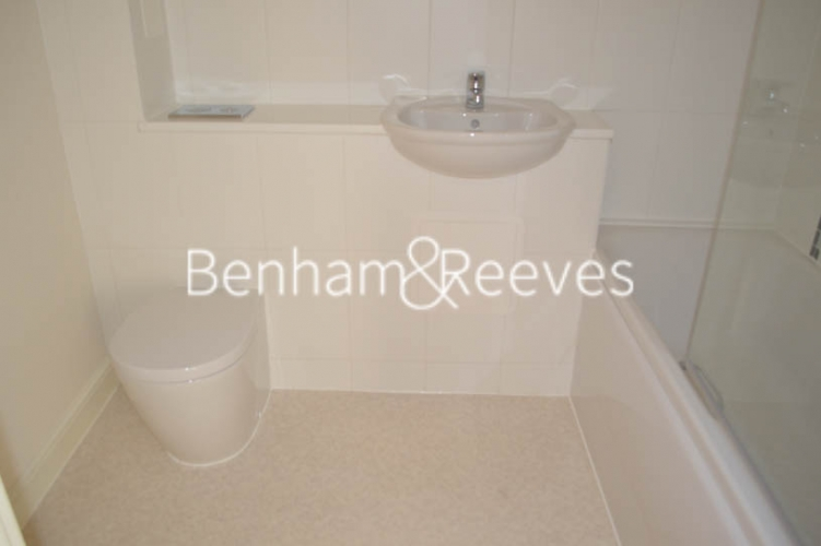 1 bedroom(s) flat to rent in Charcot Road, Colindale, NW9-image 4