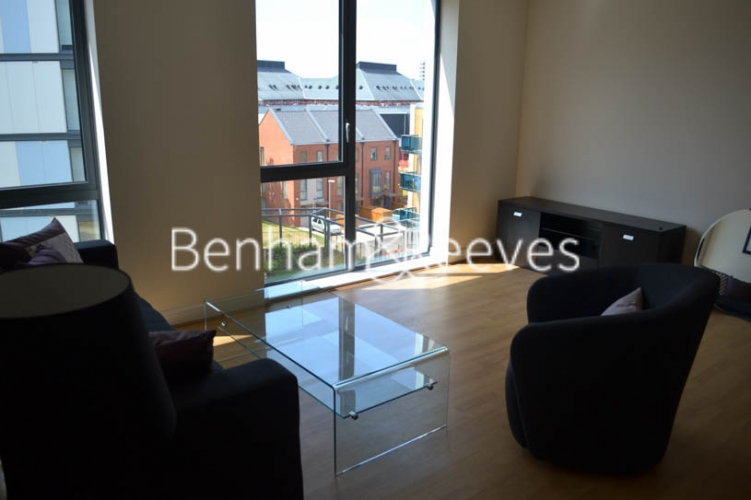 1 bedroom(s) flat to rent in Charcot Road, Colindale, NW9-image 5