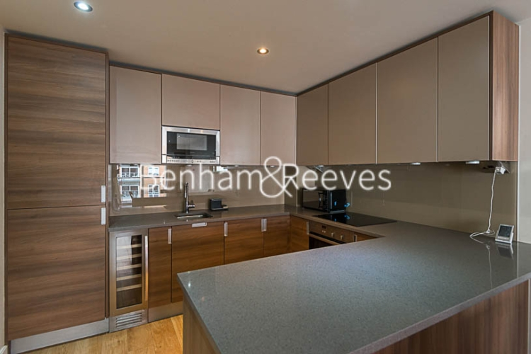 1 bedroom(s) flat to rent in Boulevard Drive, Beaufort Park, NW9-image 2