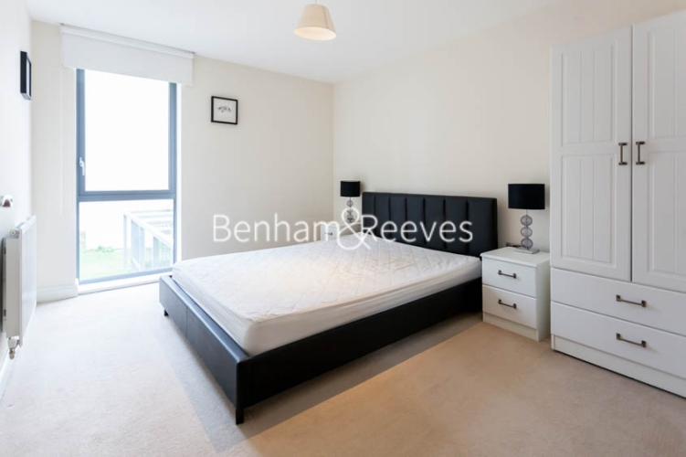 1 bedroom(s) flat to rent in Tanner Close, Colindale, NW9-image 4
