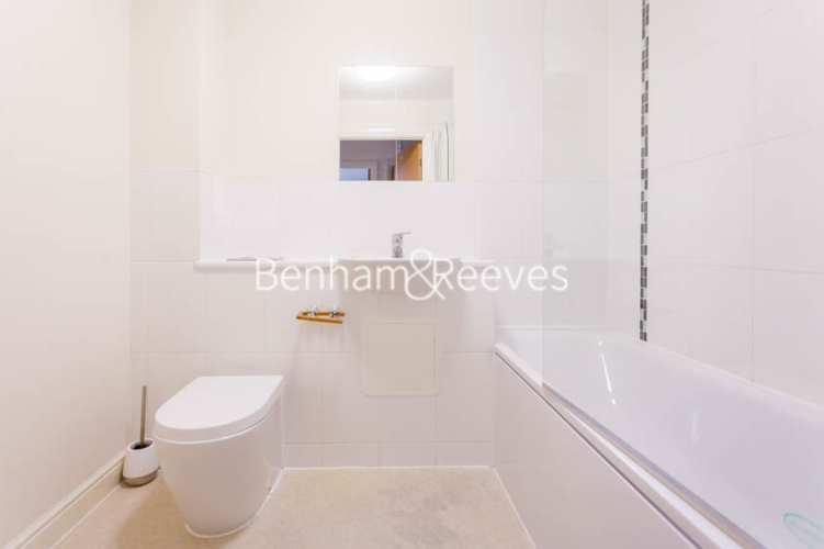 1 bedroom(s) flat to rent in Tanner Close, Colindale, NW9-image 5