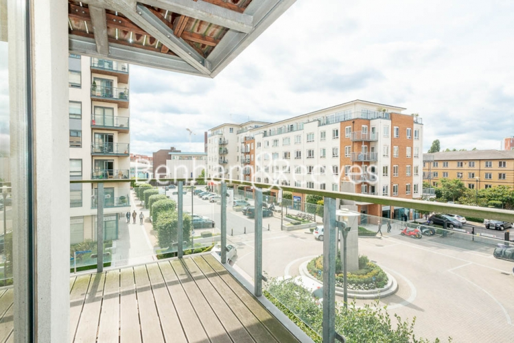 2 bedroom(s) flat to rent in Heritage Avenue, Colindale, NW9-image 13