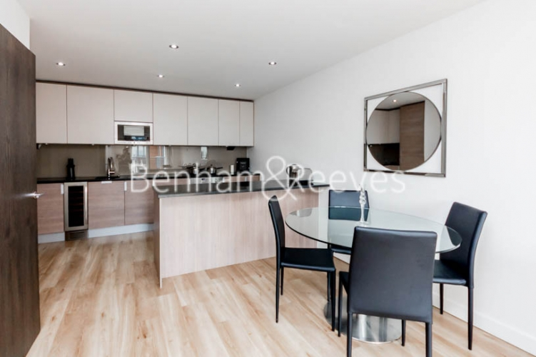 2 bedroom(s) flat to rent in Commander Avenue, Colindale, NW9-image 2