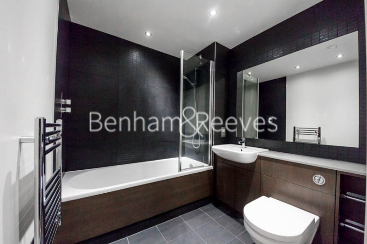 2 bedroom(s) flat to rent in Commander Avenue, Colindale, NW9-image 4