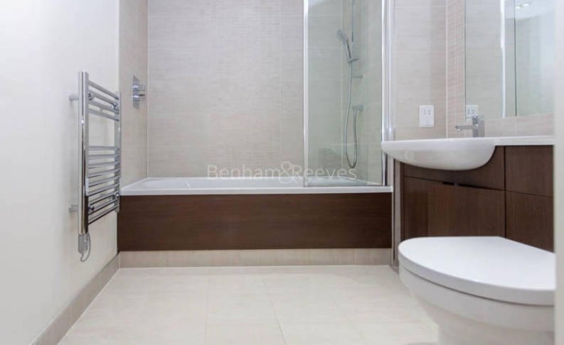 Studio flat to rent in Commander Avenue, Colindale, NW9-image 5